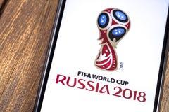 IPhone της Apple με το λογότυπο της Ρωσίας 2018 Παγκόσμιου Κυπέλλου της FIFA Ekaterinburg, Στοκ εικόνα με δικαίωμα ελεύθερης χρήσης