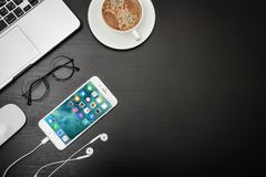 IPhone 8 της Apple συν Στοκ εικόνα με δικαίωμα ελεύθερης χρήσης