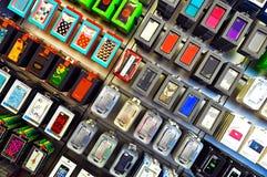 Iphone 5 encaixota e as tampas imagem de stock royalty free