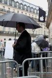 IPhone 5 trekt ventilators aan de opslag van de Appel in Parijs stock foto's