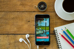 Free Iphone 6s Open Airbnb Application Stock Photography - 72516852