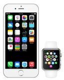 Iphone 6 Apple klocka Arkivfoto