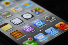 IPhone apps en app opslag Stock Afbeelding