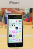 IPhone 5c d'Apple Photographie stock libre de droits