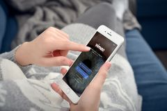 IPhone de Apple 8 sinais de adição com rede de Vimeo Foto de Stock Royalty Free