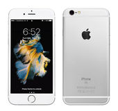 IPhone de prata 6S de Apple Imagens de Stock Royalty Free