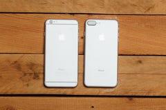 IPhone 6 e 7 positivos, câmera dupla nova Foto de Stock