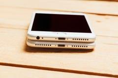 IPhone 6 e 7 positivos, jaque do áudio dos desaparecidos Imagem de Stock