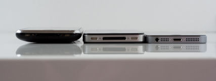 iPhone 3G-4-5S比较  库存照片