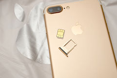 IPhone 7 plus dual camera unboxing inser SIM CARD module Stock Images