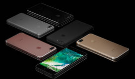 IPhone 7 plus sur le fond noir Photographie stock