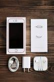 IPhone 6S di Apple Rose Gold Immagini Stock Libere da Diritti