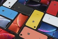 IPhone XR de Apple todos los colores, arreglo del mosaico, papel pintado original