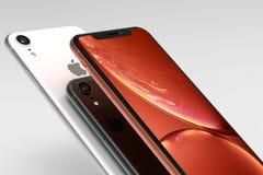 3 iPhone XR Koralle, Silber und intelligente Telefone des Raum-Graus