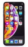 IPhone Xs massimo su bianco fotografie stock