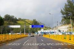 IPIALES, COLOMBIA - JULI 4, 2016: controlepost in de grens tussen Colombia en Ecuador Royalty-vrije Stock Fotografie