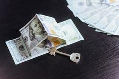 Ipoteca, investimento, bene immobile e concetto della proprietà Immagine Stock