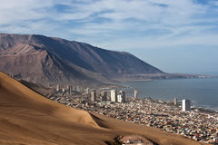 Iquique behind a huge dune, northern Chile Stock Photography