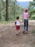 Ir em um hike Fotos de Stock