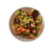 Iraaks Fried Aubergine Molasses Salad stock fotografie