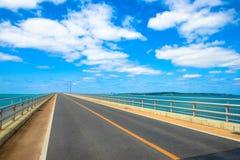 Irabu bro Miyako Island i Okinawa Arkivbilder