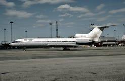 Iran Air Touse Tupolev Turkije-154M bij Frankfurter worstje, Duitsland op 2 Mei, 1994 Stock Afbeeldingen