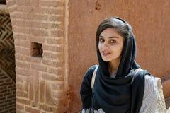 Iranische Frau im Bergdorf, Abyaneh, der Iran Lizenzfreie Stockfotografie