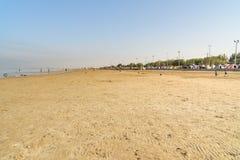 Iranska handelsresande som bor i tält på stranden på Persiska viken Bandar Ganaveh iran Arkivbilder