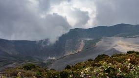 Irazu aktywnego wulkanu Costa Rica czasu wysoki upływ, 4k zbiory wideo