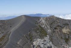 Irazuvulkaan, rand van de belangrijkste krater, Costa Rica royalty-vrije stock afbeeldingen