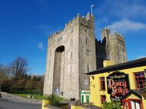 Free Ireland - Nov 30th 2017: Beautiful View Of Ireland`s Most Famous Castle And Irish Pub In County Clare. Royalty Free Stock Image - 104999626
