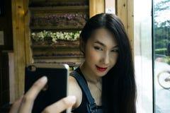 Irene Portrait Shoot em Sichuan, China - uma cidade da herança fotos de stock