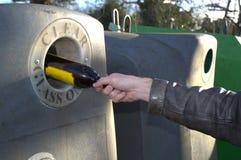 Iresponsibleglas recyclingsconcept Royalty-vrije Stock Afbeeldingen