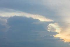 Iridescenza della nuvola fotografia stock libera da diritti