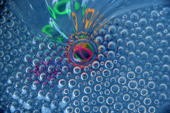 Irisación coloreada debajo del vidrio Imagen de archivo
