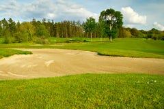 Irischer idyllischer Golfplatz Lizenzfreie Stockfotos