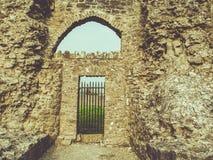 Irisches Schloss an einem sonnigen Tag Lizenzfreies Stockbild