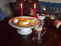 Irish coffee and delicious cake Royalty Free Stock Photography