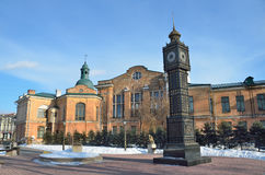 Irkutsk, Rosja, Marzec, 03, 2017 ` big ben ` zegar w parku 350 rocznica Irkutsk w wczesnej wiośnie Obrazy Stock