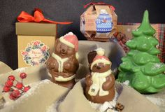 Irkutsk, Russland - November, 09 2016: Schokoladen-Teddybären - Santa Clauses- und Weihnachtsdekoration Stockfoto