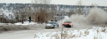 Irkutsk Ryssland - Februari 18, 2017; Spåra `-Bokovo `, den 1st etappen koppen av Ryssland i autocross Arkivbild