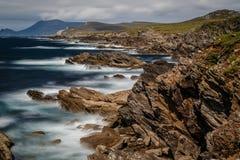 Irländare seglar utmed kusten Royaltyfri Fotografi