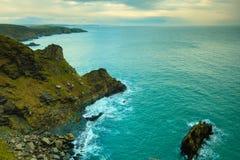 irländsk liggande Landskap för kustlinjeAtlantic Ocean kust arkivbild