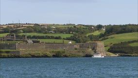 Irland landskap och blått vatten arkivfilmer