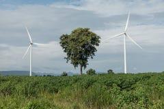 Irland, Ostküste Windturbinen, die Elektrizität festlegen Energie conserva Lizenzfreie Stockfotos