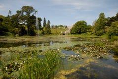 Irland, Powerscourt Gärten Stockbilder