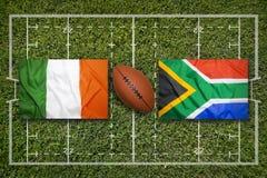 Irland vs ScotlandIreland vs Sydafrika flaggor på rugby fi Arkivbild