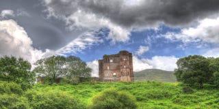 Irlanda, ruinas acerca a la cañada, condado Kerry Imagen de archivo libre de regalías