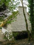 Irlandia Biała wiejska chałupa Zdjęcia Royalty Free