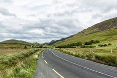Irlandia wiejska droga obraz royalty free